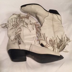 Shoes - Fringed cowboy boots